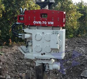 Экскаваторные вибропогружатели с переменным моментом серии OVR-VM